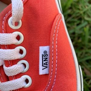 Vans Authentic Lo Pro Coral Sneaker